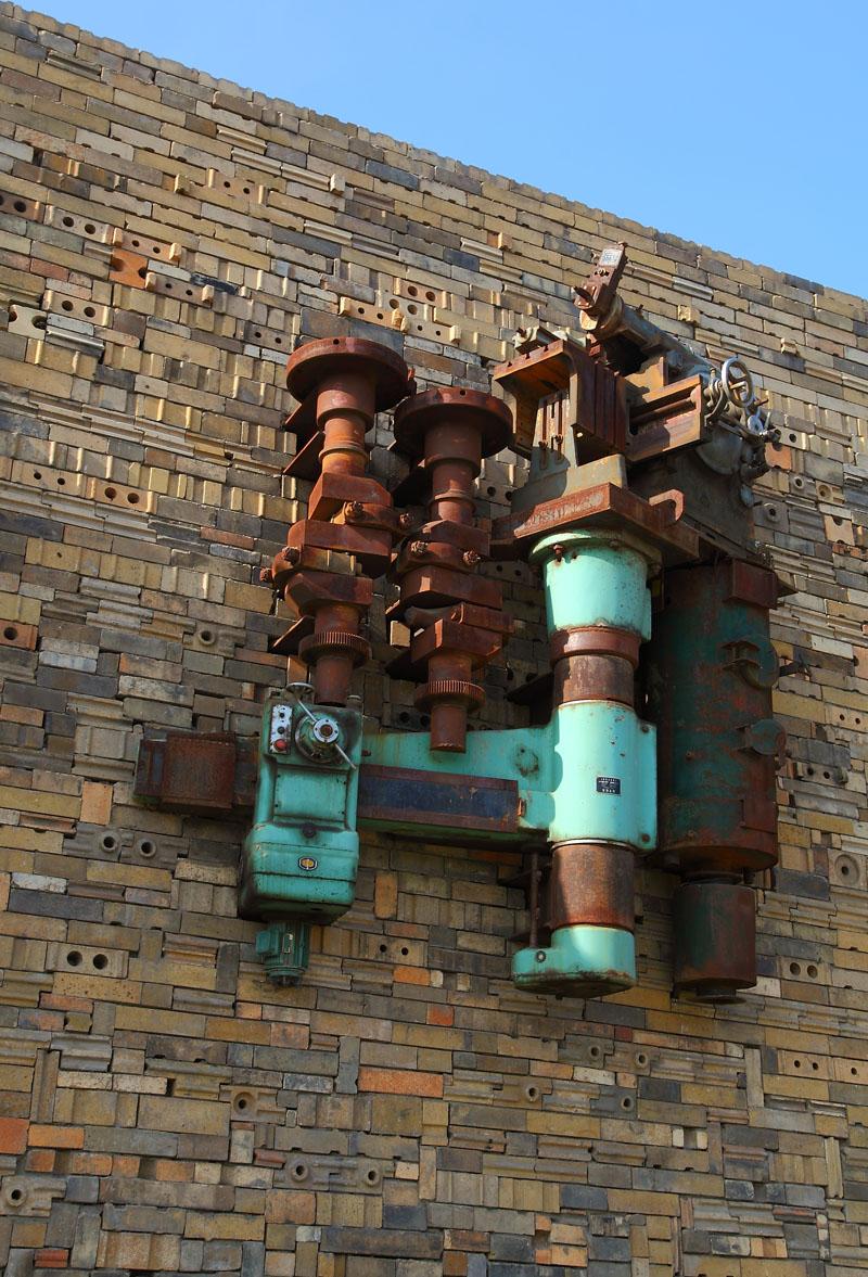 工业遗址雕塑2