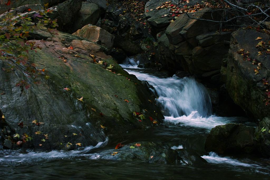 秋月流水 - 自然风景 - 数码摄影网论坛 - 摄影交流