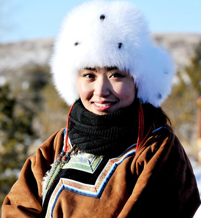 蒙古族姑娘