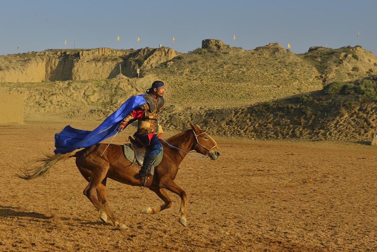 大型实景马战史诗剧《北疆天歌》剧照之一
