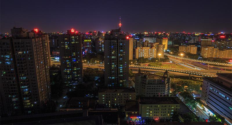 华灯初上北京城