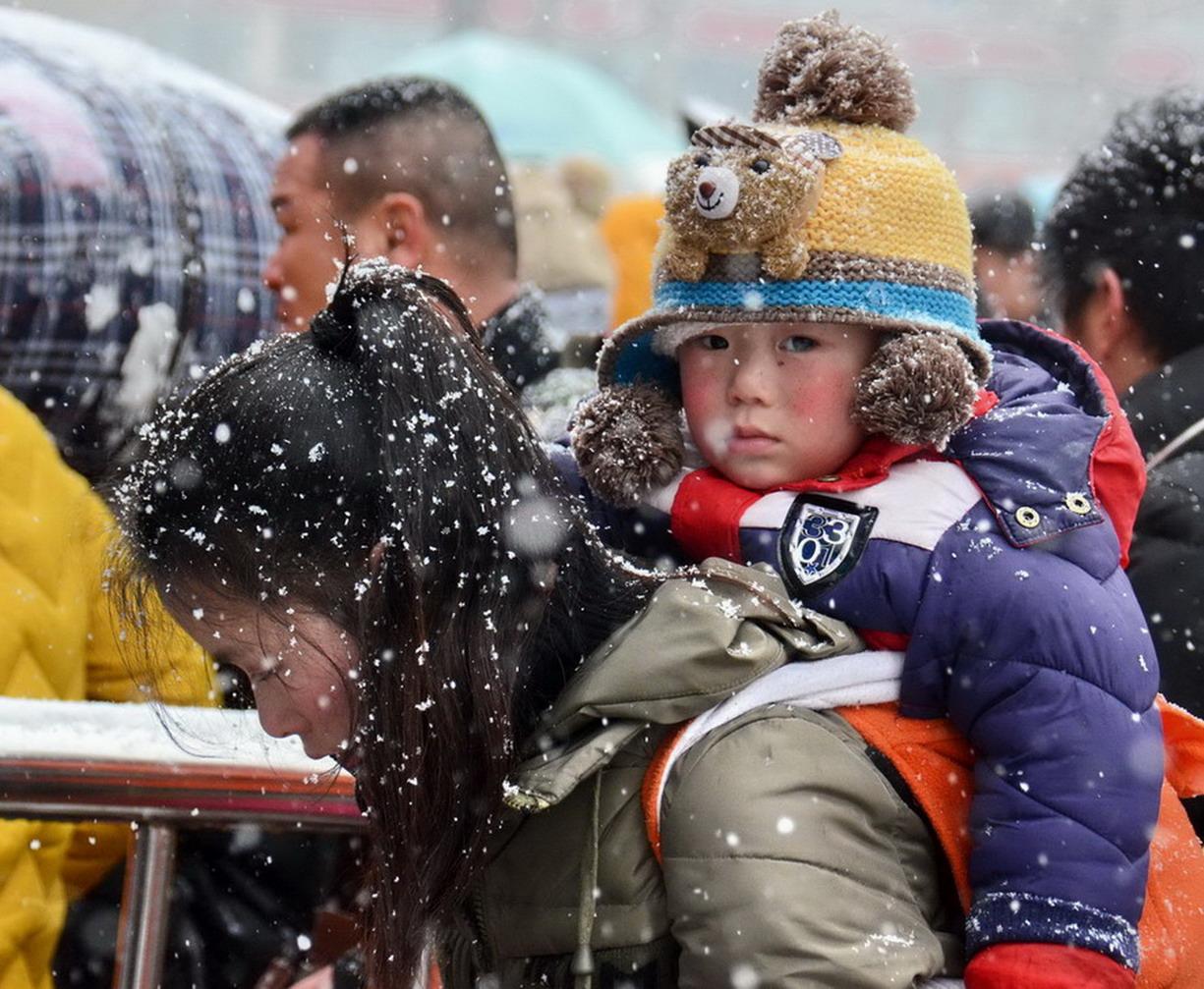 风雪中的母爱