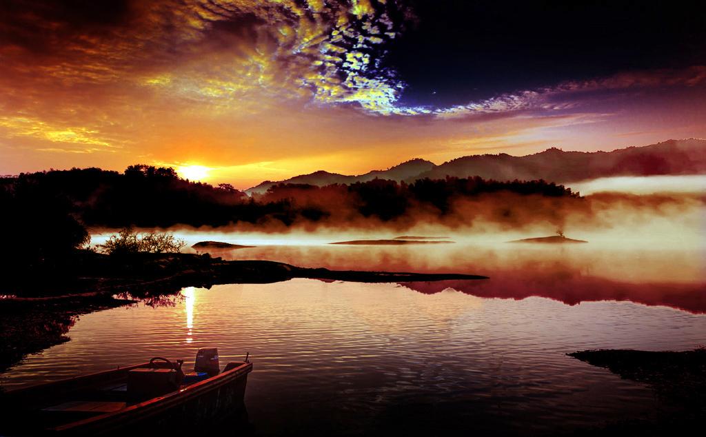 晨光--野原摄影