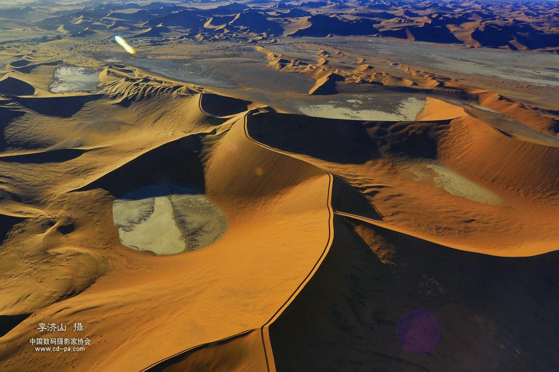 纳米比亚风光、人文、原始部落、火烈鸟、红沙漠、猎豹、花豹摄影团!开始报名了!