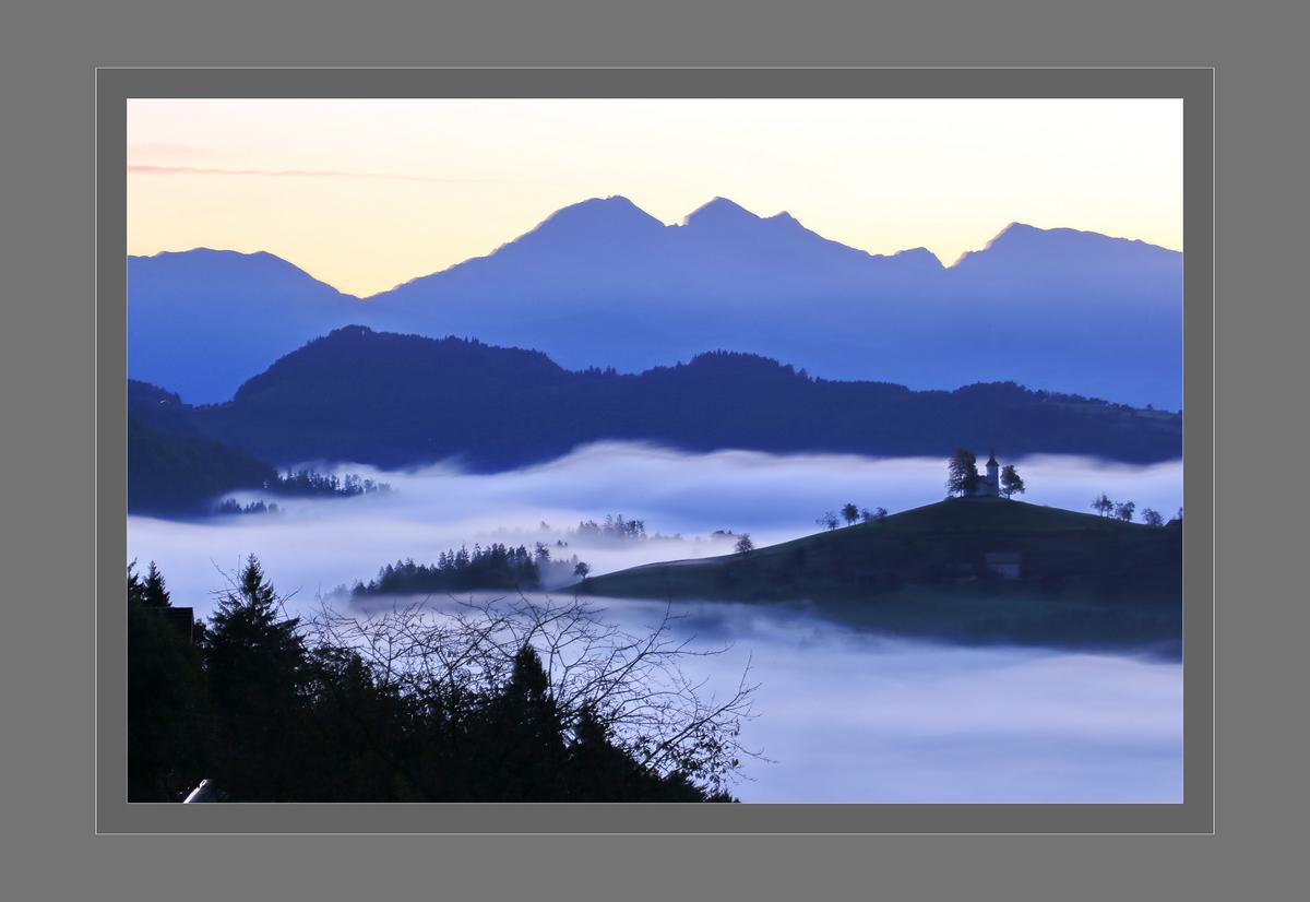 斯洛文尼亚--嗄伯罗斯巴科德山的晨雾.1