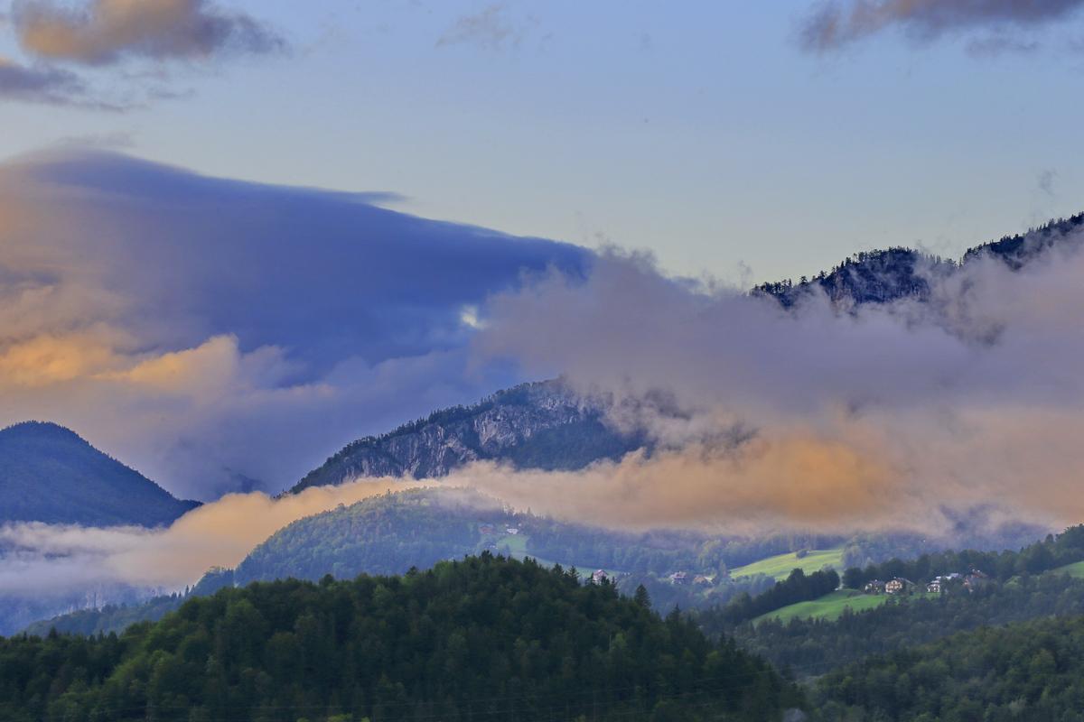 奥地利--哈尔施塔特镇的清晨.1