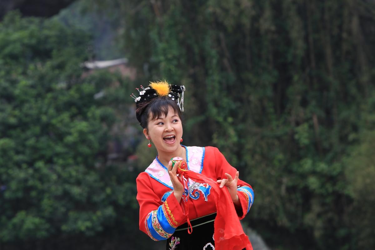 桂林。阳朔游---刘三姐歌午