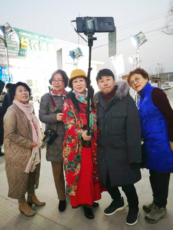 辽西五市摄影站六姐妹辽宁朝阳电影剧组探班