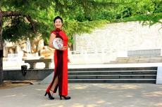 《旗袍秀出古典美》